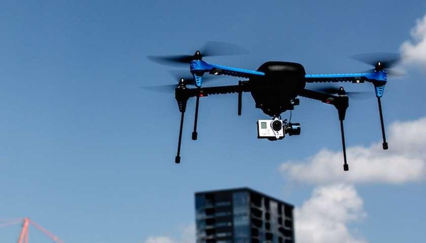 GoPro podría comenzar a vender drones