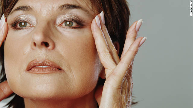 ¡Una madre descubre un nuevo secreto anti-arrugas que deja asombrados a todos los médicos del botox!