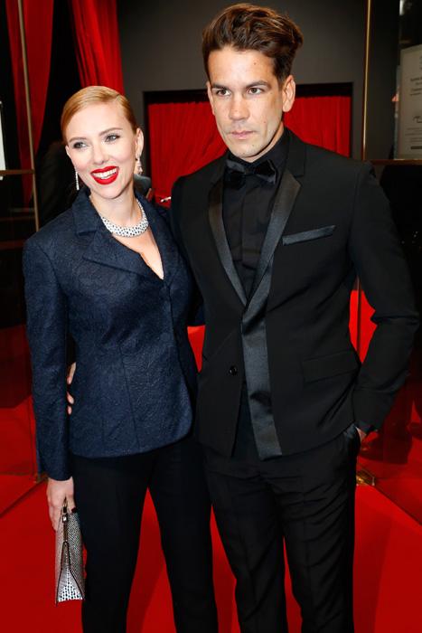 Los primeros detalles sobre la bod secreta de Scarlett Johansson y Romain Dauriac