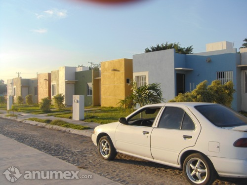 Rento casa nueva 52m²